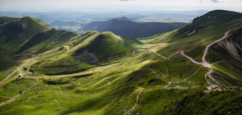 LANDSCAPE-Auvergne-MILK-UHT-MOUNTAIN-VOLCANO-DAIRY-SLVA